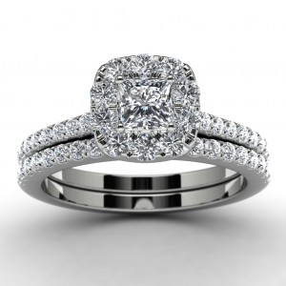 14k White Gold Princess Diamond Halo Engagement Set Top View
